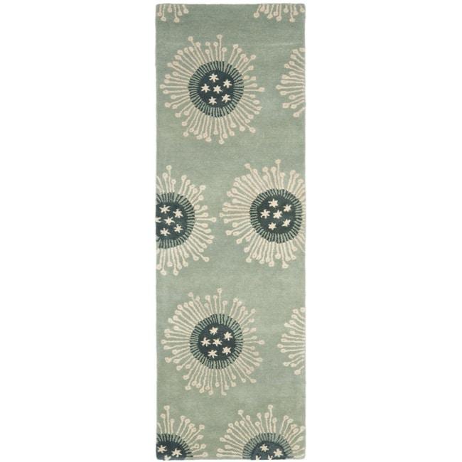 Safavieh Handmade Celebrations Light Blue Grey N. Z. Wool Rug (2'6 x 8')