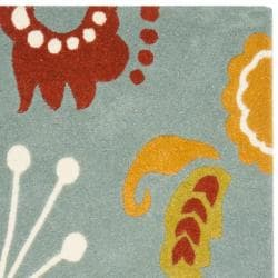 Safavieh Handmade New Zealand Wool Bliss Light Blue Rug (2'6 x 8') - Thumbnail 1