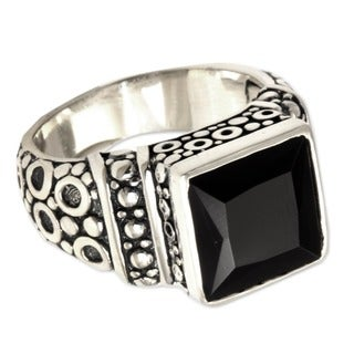 Midnight Shadow Men's Artisan Designer Handmade Fashion Clothing Accessory Sterling Silver Black Onyx Signet Ring (Indonesia)