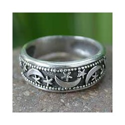 Handmade Sterling Silver 'Moon Magic' Band Ring (Thailand)