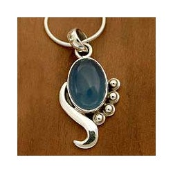Sterling Silver 'Hindu Harmony' Chalcedony Necklace (India)
