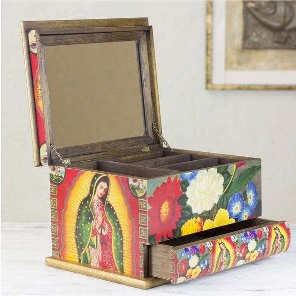Handmade Pinewood 'Loving Virgin of Guadalupe' Decoupage Jewelry Box (Mexico)
