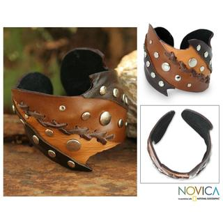 Handmade Leather 'Chiang Mai Honey' Cuff Bracelet (Thailand)