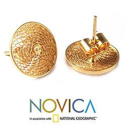 Handmade Gold Plated 'Starlit Sun' Filigree Stud Earrings (Peru) - Thumbnail 1