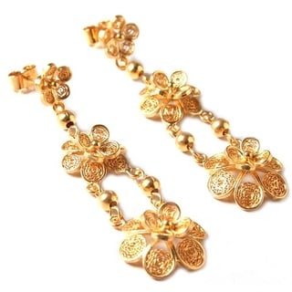 Handmade Gold Vermeil 'Garlands' Chandelier Earrings (Peru)