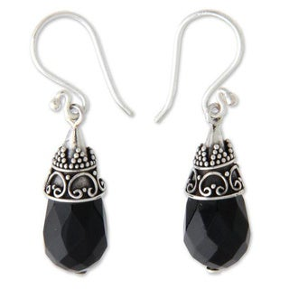 Handmade Sterling Silver 'Bali Sentinel' Onyx Drop Earrings (Indonesia)