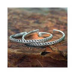 Set of 2 Sterling Silver 'Unison' Cuff Bracelets (Thailand)