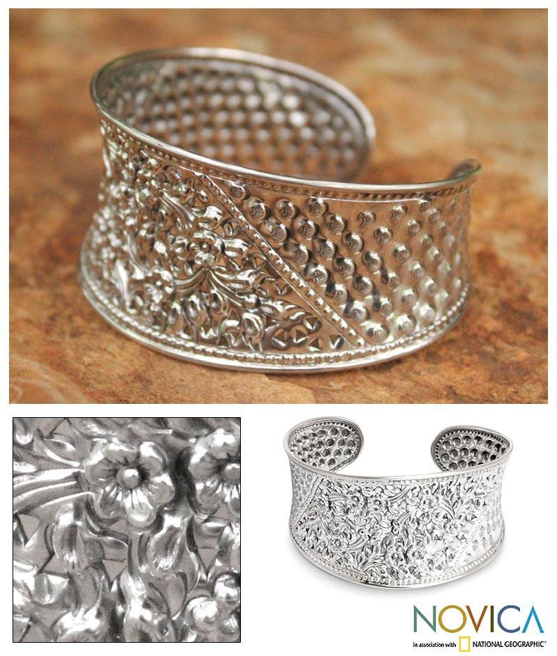 Sterling Silver 'Frangipani Forest' Flower Bracelet (Thailand)