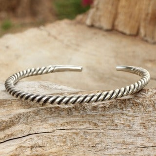 Thai Swirl Tubular Stretched Coil of 925 Sterling Silver Wraps the Wrist in this Modern Mens Narrow Cuff Bracelet (Thailand)