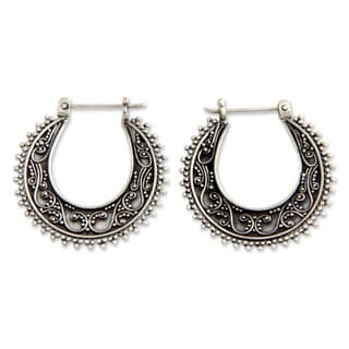 Handmade Sterling Silver 'Kuta Moon' Hoop Earrings (Indonesia)