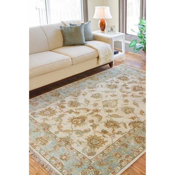 Hand Knotted Green New Zealand Hard Twist Wool Area Rug - 5'6 x 8'6