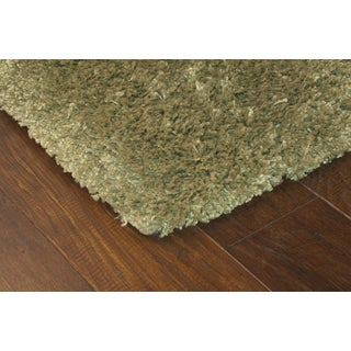 Manhattan Green Area Rug (4' x 6')