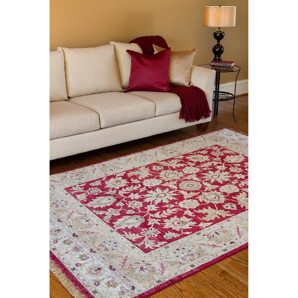 Hand-knotted Timeless New Zealand Hard Twist Wool Area Rug - 5'6 x 8'6
