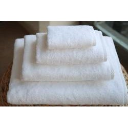Authentic Hotel and Spa Plush Soft Twist Turkish Cotton White 4-pieceTowel Set with Bath Sheet - Thumbnail 1