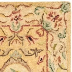 Safavieh Handmade Light Gold/ Beige Hand-spun Wool Rug (2' x 3') - Thumbnail 1