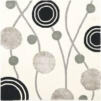 Safavieh Handmade New Zealand Wool Galaxy Beige/ Grey Rug - 6' x 6' Square