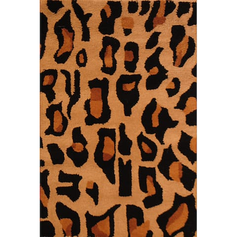 Handmade Cheetah Print Wool Rug (India) - 2' x 3'
