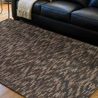 Hand-woven Kamnik New Zealand Wool Plush Textured Area Rug - 8' x 10'