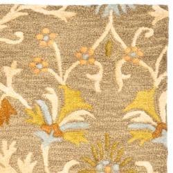 Safavieh Handmade Moroccan Cambridge Paradise Moss Green Wool Rug (2'6 x 12') - Thumbnail 1