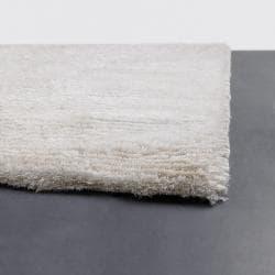 Handwoven White Wool Blend Mandara Shag Rug (2'6 x 7'6) - Thumbnail 1