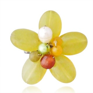 Handmade Lime-Green Quartz and Pearl Floral Serenity Brooch (5-7mm)(Thailand)