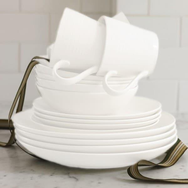Gordon Ramsay by Royal Doulton Maze White 16-piece Dinnerware Set & Gordon Ramsay by Royal Doulton Maze White 16-piece Dinnerware Set ...