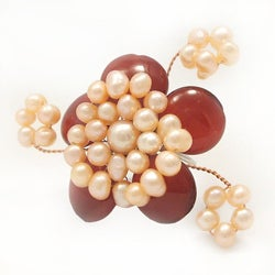 Handmade Goldtone Carnelian and Pink Pearl Flower Ring (4-6 mm)(Thailand)