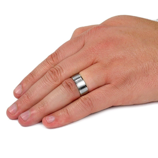 Stunning silver stainless steel ridged groove wedding band ring