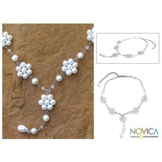 Handmade Stainless Steel 'Dew-kissed' Pearl Necklace (6-8.5 mm) (Thailand)
