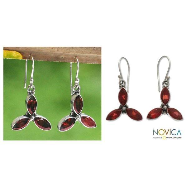 Handmade Sterling Silver 'Helix' Garnet Earrings (Indonesia)