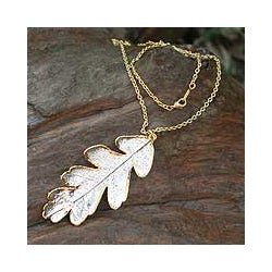 Handmade Gold Accent Sterling Silver 'Filigree Oak' Pendant Necklace (Thailand)