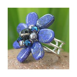 Handmade Lapis Lazuli and Pearl 'Phuket Flowers' Ring (4 mm) (Thailand)