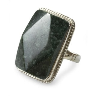 Sterling Silver 'Maya Princess' Jade Cocktail Ring (Guatemala)