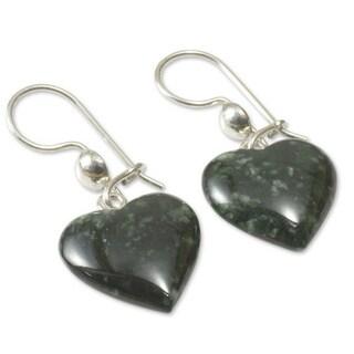 Handmade Sterling Silver 'Love Immemorial' Jade Heart Earrings (Guatemala) - Green