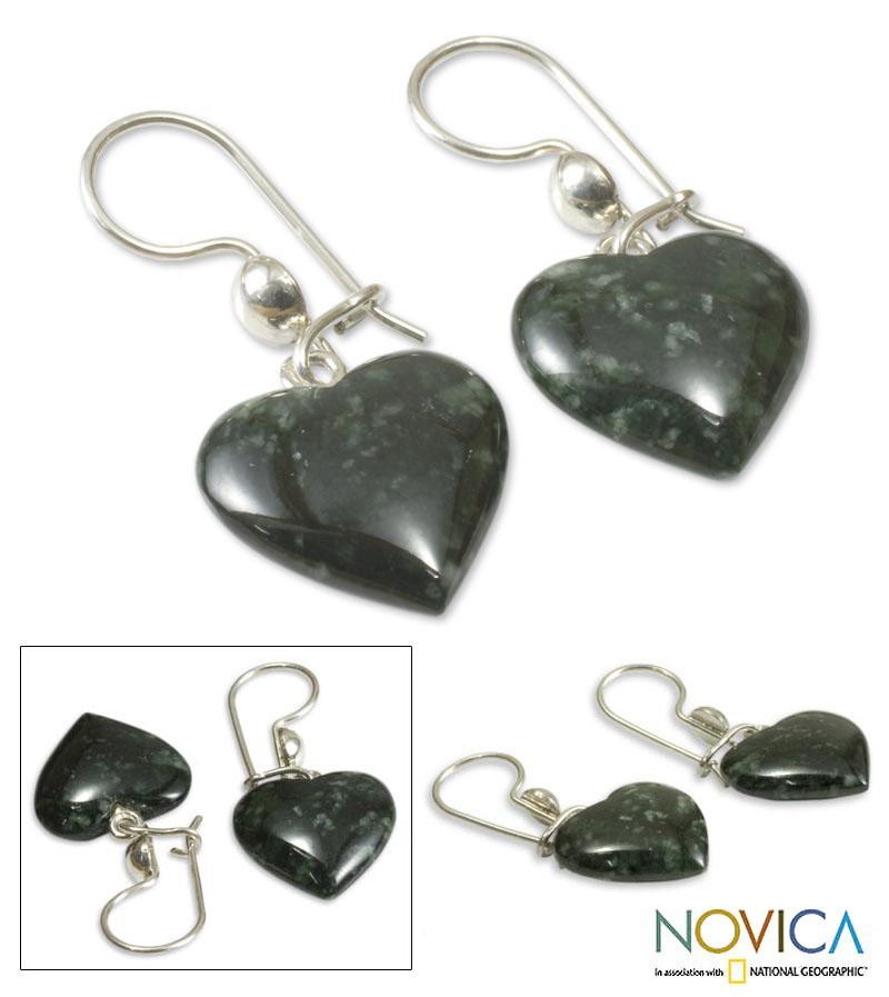 Handmade Sterling Silver 'Love Immemorial' Jade Heart Earrings (Guatemala)