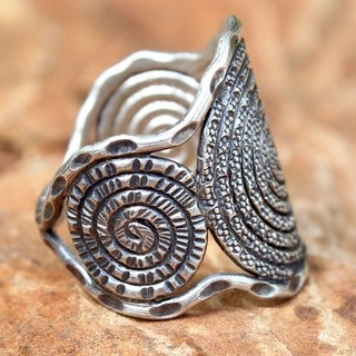 Handmade Sterling Silver 'Hill Tribe Moon' Ring (Thailand)