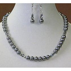 Palmtree Gems 'Black Diamond' Crystal and Pearl Necklace and Earring Set|https://ak1.ostkcdn.com/images/products/6369998/Black-Diamond-Crystal-Necklace-and-Earring-Set-P13986581.jpg?impolicy=medium