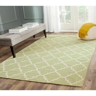 Safavieh Light Green/Ivory Reversible Dhurrie Wool Rug (5' x 8')