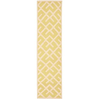 Safavieh Transitional Handwoven Moroccan Reversible Dhurrie Light Green/ Ivory Wool Rug (2'6 x 12')