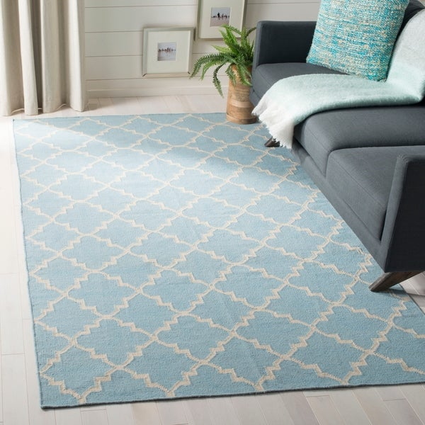 Safavieh Moroccan Light Blue/Ivory Reversible Dhurrie Transitional Wool Rug - 10' x 14'