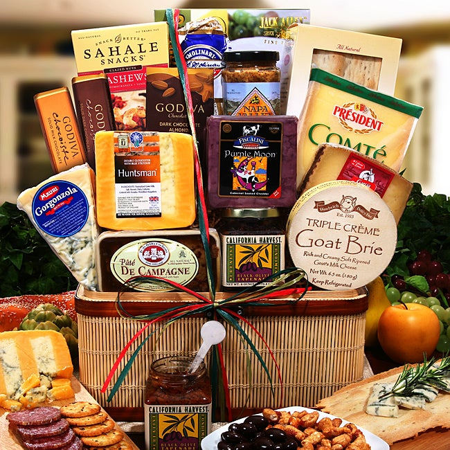 Alder Creek Premium Artisianal Cheese Gift Collection - Thumbnail 0