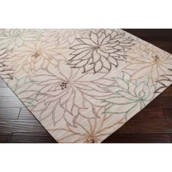 Hand-Tufted Ameila White Floral Polyester Rug (8' x 11')