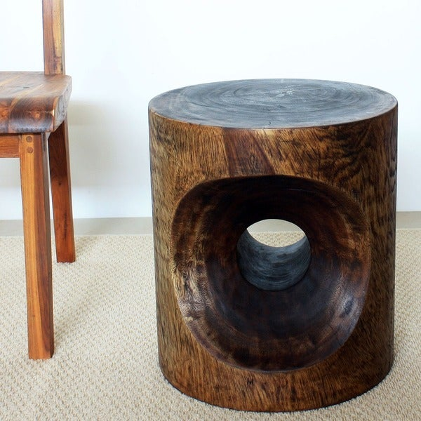 Hand-carved 16 x 18 Mocha Oiled Peephole End Table (Thailand)