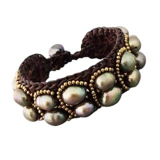 Handmade Goldtone Grey Pearl Cotton Rope Bracelet (Thailand)