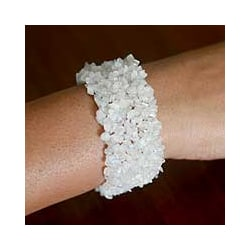 Handcrafted Moonstone 'Morning Magic' Stretch Bracelet (India)