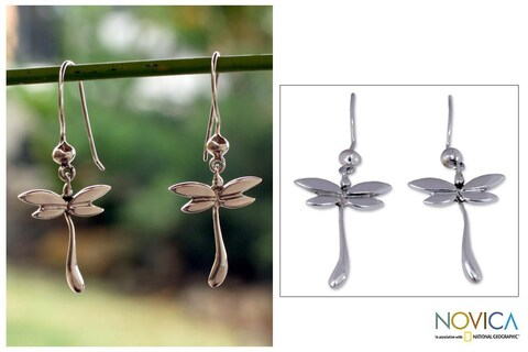Handmade Sterling Silver 'Dragonfly Mystery' Dangle Earrings (Mexico)