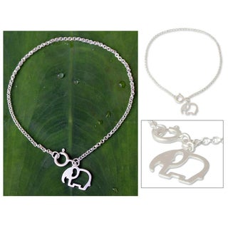 Handmade Sterling Silver 'Moonlit Elephant' Charm Bracelet (Thailand)