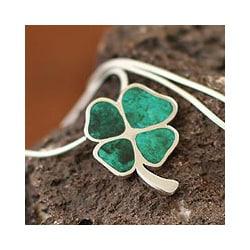 Silver 'Good Luck Clover' Chrysocolla Necklace (Peru)