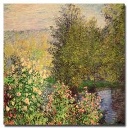 Claude Monet 'Corner of the Garden at Montgeron 1876' 35-inch Canvas Art