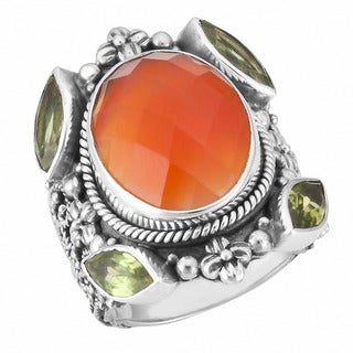 Handmade Sterling Silver Red Agate and Peridot 'Cawi' Ring (Indonesia)